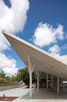 Open-Sided Shelter | Church architecture / community centres | Ron Shenkin Studio