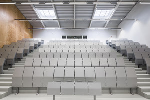 Amphitheaters at Descartes University | Universities | AZC