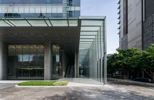 AIA Sathorn tower | Immeubles de bureaux | Steven J. Leach Architects