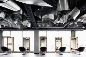 ARKHE beauty salon | Negozi - Interni | Moriyuki Ochiai Architects