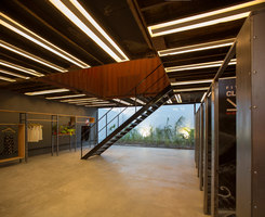 Store La Plata | Intérieurs de magasin | BBC arquitectos