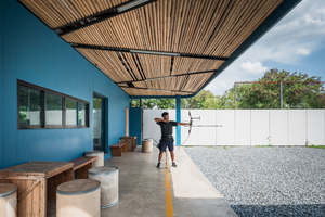 Jaransanitwong Archery Club | Immeubles de bureaux | Archimontage Design Fields Sophisticated