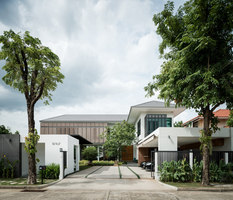 Tiwanon House | Casas Unifamiliares | Archimontage Design Fields Sophisticated