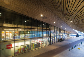 "Central station ""Rotterdam Centraal"" 