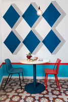 Valencia Lounge Hostel | Hotel interiors | Masquespacio
