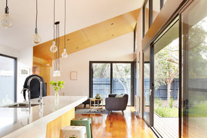 The Journey House | Case bifamiliari | Nic Owen Architects