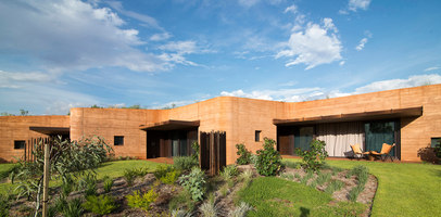 The Great Wall of WA | Case bifamiliari | Luigi Rosselli Architects