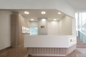 Lohmann & Rauscher | Office facilities | destilat