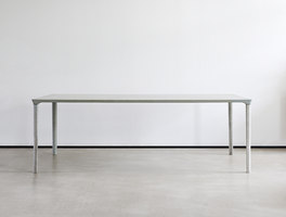 Concrete Table | Prototypen | Nina Mair