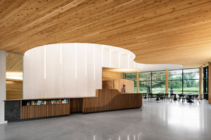 Discovery and Services Center for the Îles-de-Boucherville Sépaq National Park | Bâtiments administratifs | Smith Vigeant Architects
