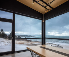 The Lookout At Broad Cove Marsh | Casas Unifamiliares | Omar Gandhi Architect Inc.