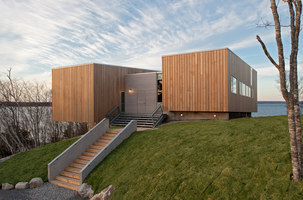 Two Hulls House | Detached houses | MacKay-Lyons Sweetapple Architects Ltd