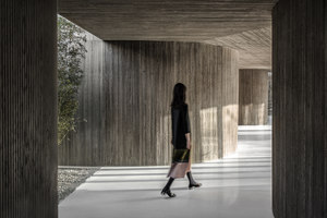 Waterside Buddhist Shrine | Edifici sacri/Centri comunali | ArchStudio