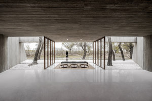 Waterside Buddhist Shrine | Sakralbauten / Gemeindezentren | Arch Studio