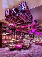 Yoho Mall Chow Tai Fook Experience Shop | Diseño de tiendas | One Plus Partnership