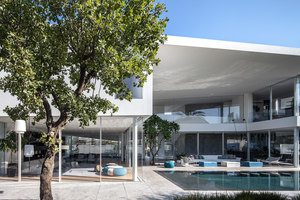J House | Case unifamiliari | Pitsou Kedem Architects