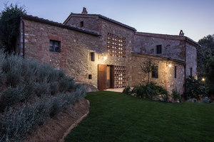 Podere Navilgiano | Detached houses | Ciclostile Architettura