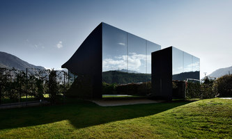 The Mirror Houses | Casas Unifamiliares | Peter Pichler Architect