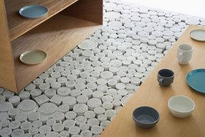 Maruhiro - Hasami ceramics Flagship store | Intérieurs de magasin | Yusuke Seki