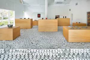 Maruhiro - Hasami ceramics Flagship store | Negozi - Interni | Yusuke Seki