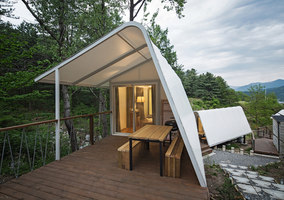 Glamping on the Rock | Casas Unifamiliares | ArchiWorkshop