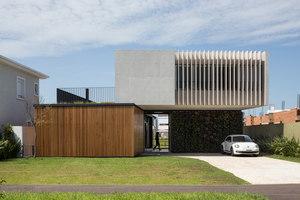 Casa Enseada | Einfamilienhäuser | Arquitetura Nacional
