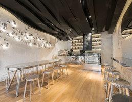 Fumi | Intérieurs de café | Alberto Caiola