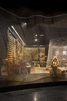 Yellow Earth flagship store | Negozi - Interni | TANDEM Design Studio