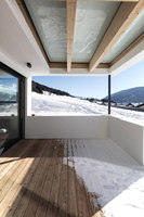 Transparent House in Patsch | Adosados | Snow. Architecture