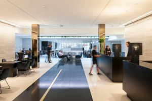 Restaurant, Bar & Waiting Area | Le Meridien Vienna | Manufacturer references | Freifrau reference projects