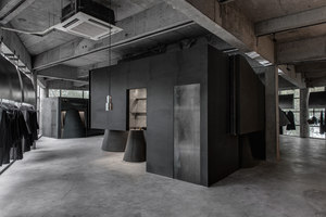 Black Cant System - HEIKE fashion brand concept store | Shop interiors | AN Design Studio