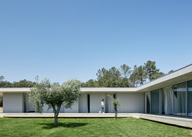 CASA FANU | Detached houses | Bruno Dias Arquitectura