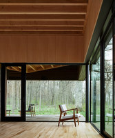 Michigan Lake House | Detached houses | Desai Chia