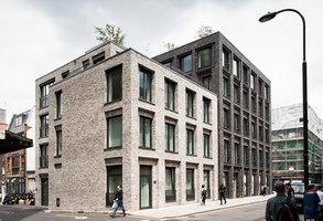 Corner House | Urbanizaciones | DSDHA