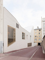 Dance Studios and Music Rooms, Versailles | Escuelas | Joly & Loiret