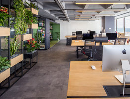 The Business Year | Bureaux | Slash Architects