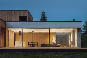 House JRv2 | Detached houses | Studio de.materia