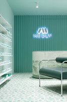 Medly Pharmacy | Shop interiors | Sergio Mannino Studio