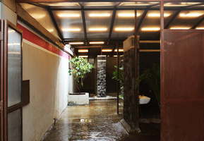 Toilet in a Courtyard | Therapy centres / spas | Rohan Chavan