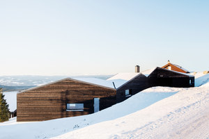 Cabin Sjusjoen | Detached houses | Aslak Haanshuus Arkitekter