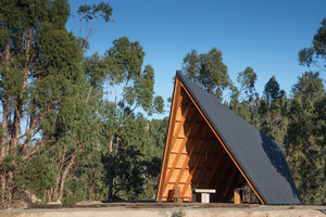 Chapel CNAE | Church architecture / community centres | Plano Humano Arquitectos