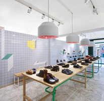 Store Camper a Genova, Glasgow, Londra, Instambul, San Pietroburgo, Santander, Thessaloniki | Manufacturer references | Ceramica Vogue reference projects