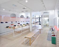 Store Camper a Genova, Glasgow, Londra, Instambul, San Pietroburgo, Santander, Thessaloniki | Manufacturer references | Ceramica Vogue