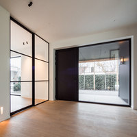 Steel look pivot doors and fixed partitions | Manufacturer references | PortaPivot