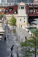 Chicago Riverwalk | Bridges | Ross Barney Architects