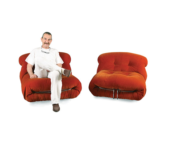 """Boetto-Pair of """"Soriana"""" lounge chairs"""