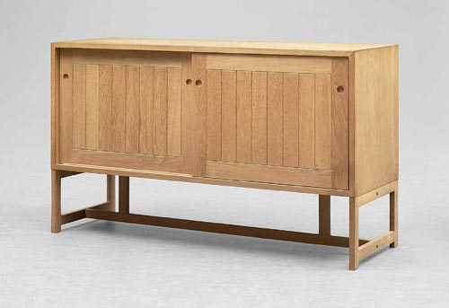 Sideboard/chest of drawers de Bukowskis