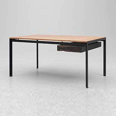 Writing desk de Bukowskis