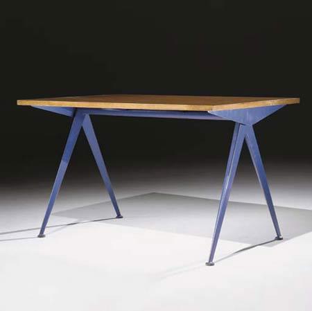 Table Compas