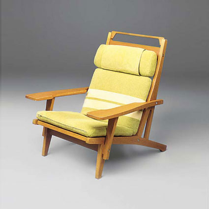 Lounge chairs, set of four